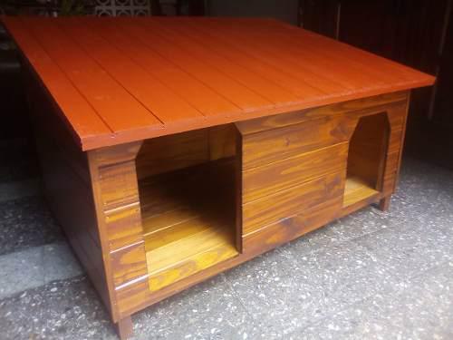 Cuchas de madera doble entrada (1mediano-1grande /a un agua)