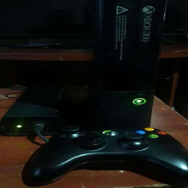 Xbox 360 ultra slim (último modelo) (completa!!!) lt3.0 250