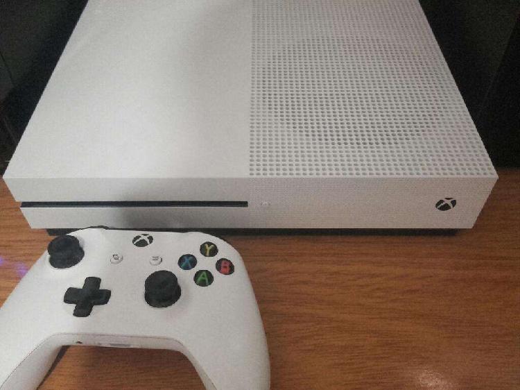Xbox one s 1 tera con varios juegos