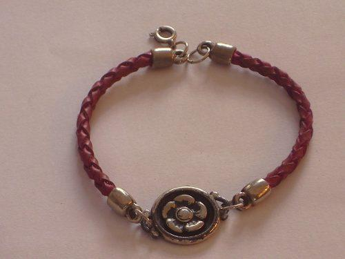 Antigua pulsera de cuero y metal plateado cºfplre56