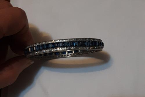 Antigua pulsera de plata