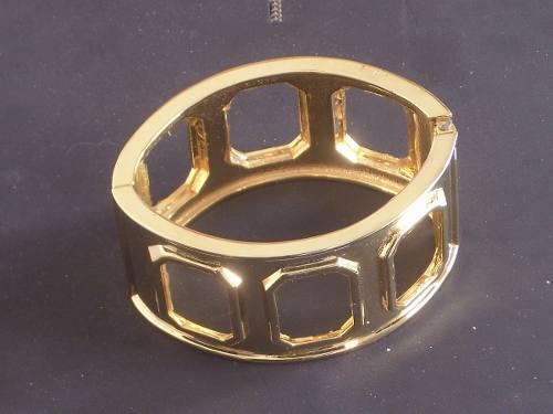 Antigua pulsera metal dorado con resorte retro cº oro456