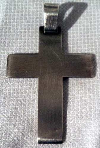 Lindisima y antigua cruz de plata 900 plana