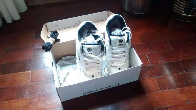 Zapatillas skate c1rca evo 250 talle 42. sin uso