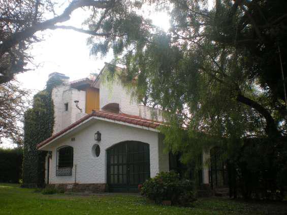 Alquilo casa permanente en v.g.b. córdoba en villa general