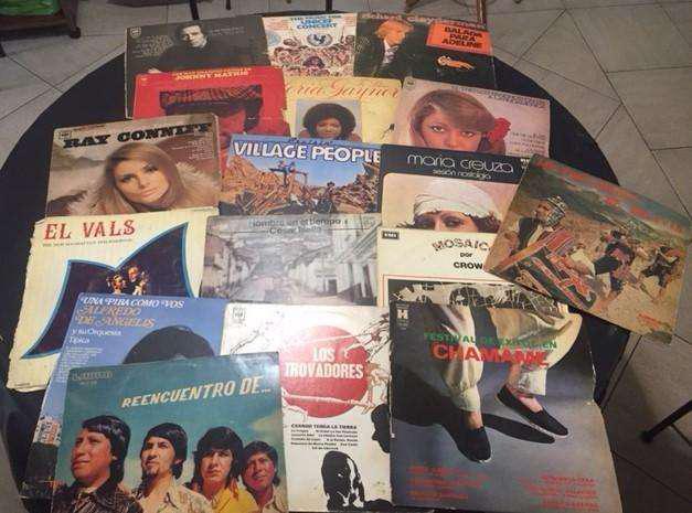 Lote de 31 discos long play