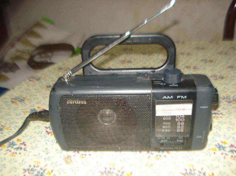 Radio aiwa fr c3u de los años 90s impecable est.