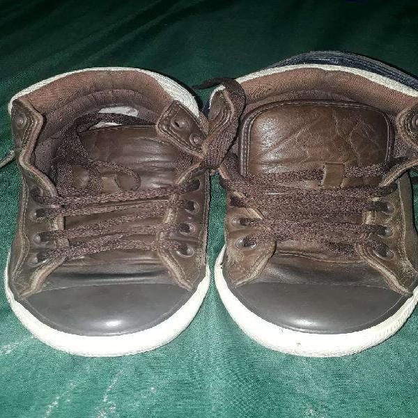 Zapatillas botitas de cuero