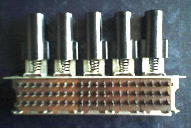 Botonera bisal de 5 botones cinco botones con autorretencion