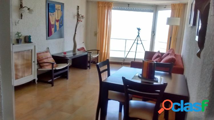 Departamento en Venta en Playa grande- 2 dormitorios- habitacion de servicio- cocina y lavadero 1