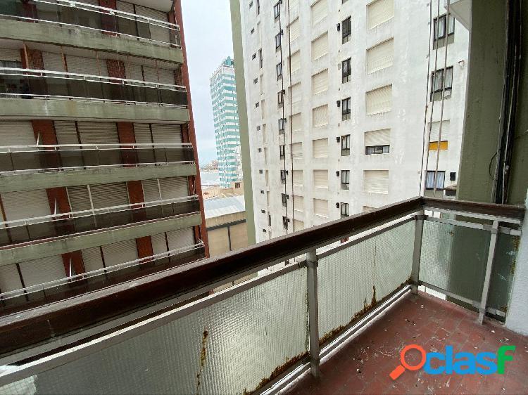 Venta monoambiente c/balcón y cochera vista al mar 2
