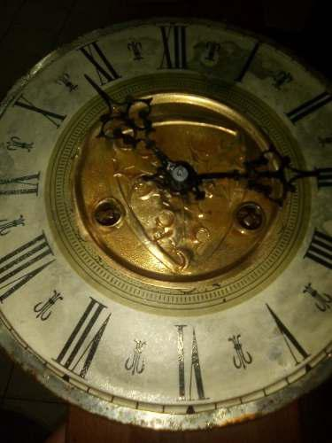 Antigua maquina para reloj de pared
