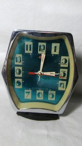 Antiguo reloj despertador a cuerda made in china no funciona