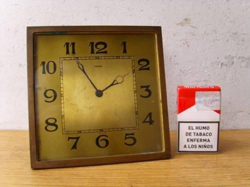 Antiguo y pesado reloj antiguo kienzle a cuerda