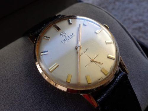 Reloj antiguo tressa original mecanico a cuerda, impecable