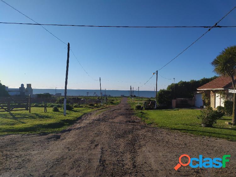 Dos excepcionales terrenos con vista al mar
