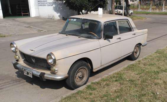 Peugeot 404 año 74 en Nueve de Julio