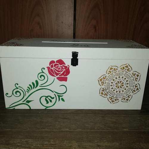 Caja con candado personalizada alcancía/ portasobres