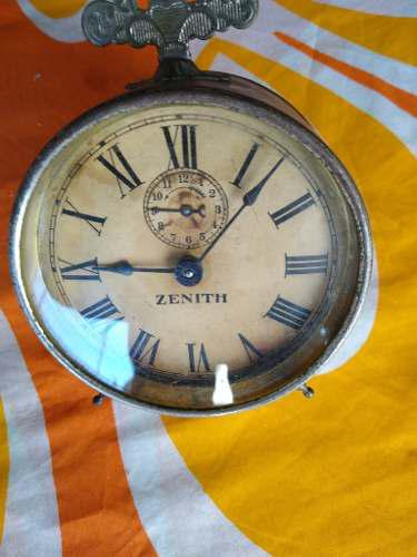 Antiguo reloj despertador zenith usa