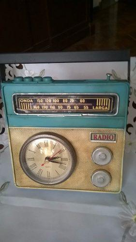 Radio antigua chapa x decoración + reloj devoto hobbies