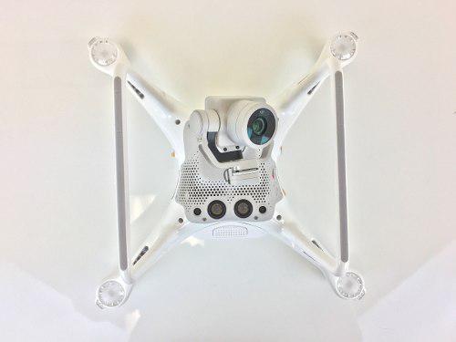 Phantom 4 pro con accesorios completo impecable