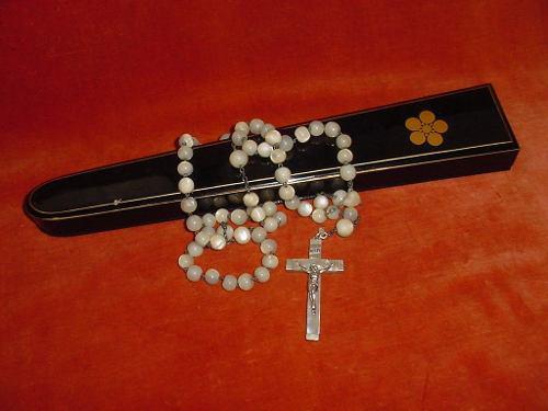 Antig rosario cruz plata madreperla nácar caja laca