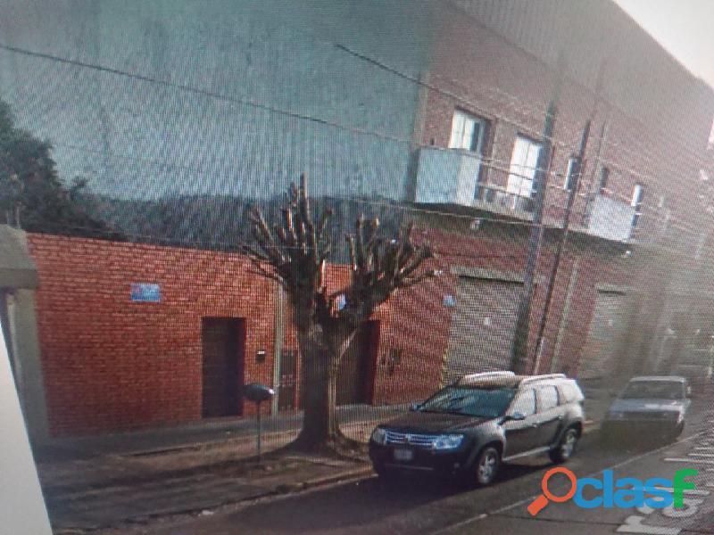 Casa 3 Ambientes 2 Dormitorios 3 Cocheras Arenales 547 Moron 341,85mts2 1