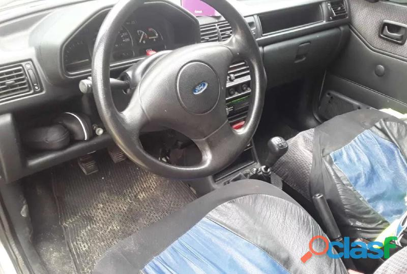 Ford Fiesta 1.3 Clx 3