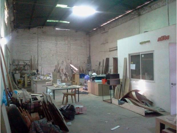 Dueño alquila galpon para deposito interno 160 m2 cubierto