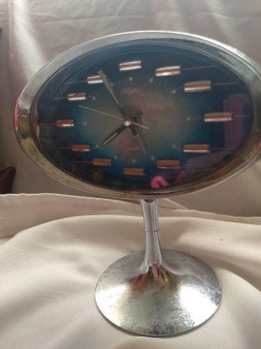 Reloj antiguo rhythm a cuerda