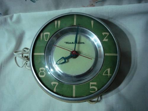 Retro antiguo reloj electrico de cocina robinson funcionando