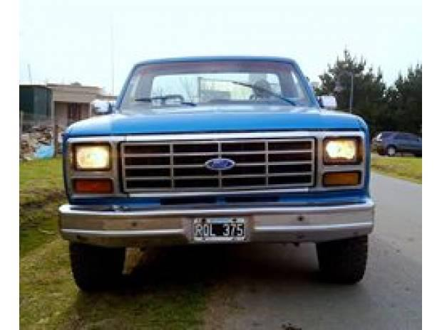 Camioneta ford f-100, mod 83...gnc bajo chasis, vtv al dia!