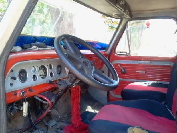 Ford 700 mod.69 motor y caja mb1518