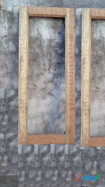 Ventana de cedro sin marco