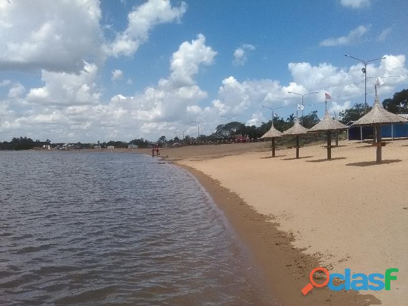 Alquilo casas frente playa catamaran , paso de la patria temp 2020