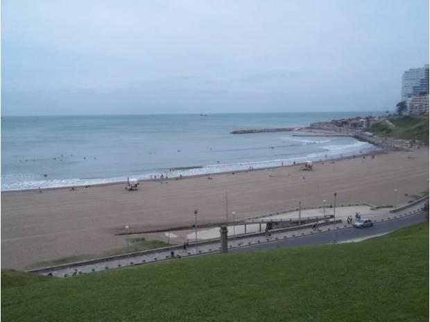 Mar del plata frente al mar playa varese c/ estacionamiento