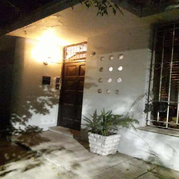 Residencial alquila para 3 personas en Villa Urquiza