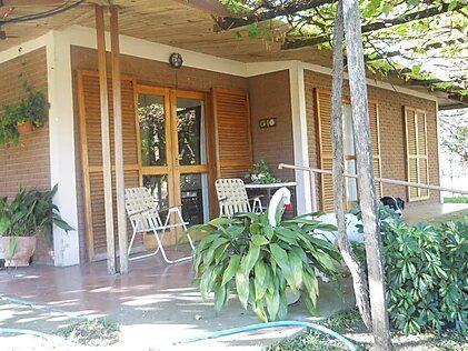 Casa quinta de 2 ha, parquizado, lago artificial, cocheras