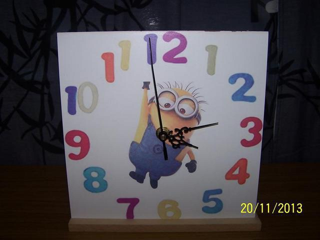 Relojes de madera cuadrados