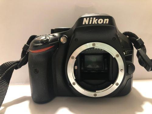 Camara Nikon D5200 + Lente Nikon 18 - 55 + Lente Sigma + Acc
