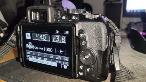 Nikon D5500 + Lente Kit 18-55