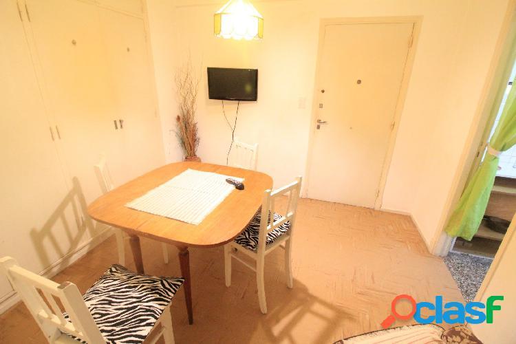 Venta - Monoambiente interno con cocina separada - Av Colon 2056 2