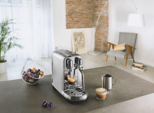 Cafetera Nespresso Creatista Plus Silver J520 + 14 Capsulas