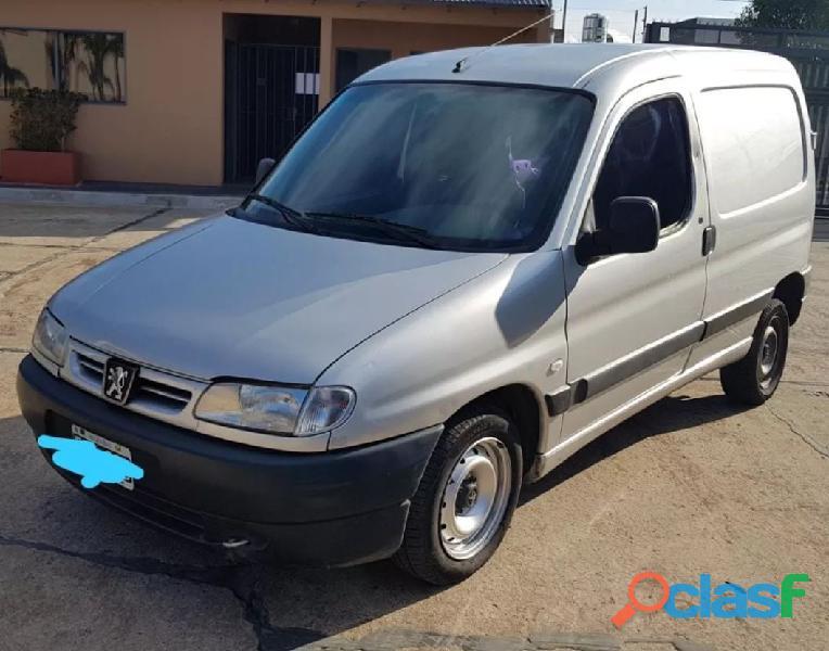 Peugeot partner 1.9 furgon presence