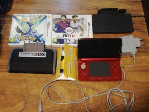 Nintendo 3ds con accesorios y dos juegos