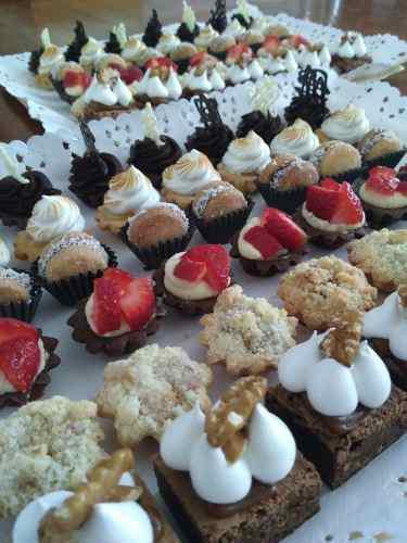 Mesa dulce, tortas, tartas, mini pasteleria, delicatessen