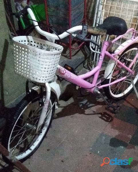 Bicicleta casi nueva muy poco uso niña rodado 12 color rosa liberty sasha