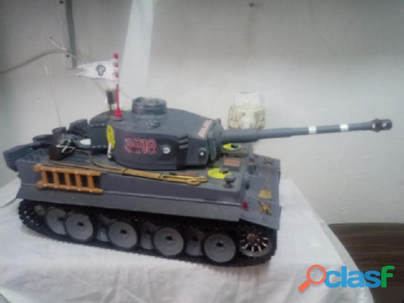 "Tanque guerra tigre"" escala 1/16 radio control...usado."