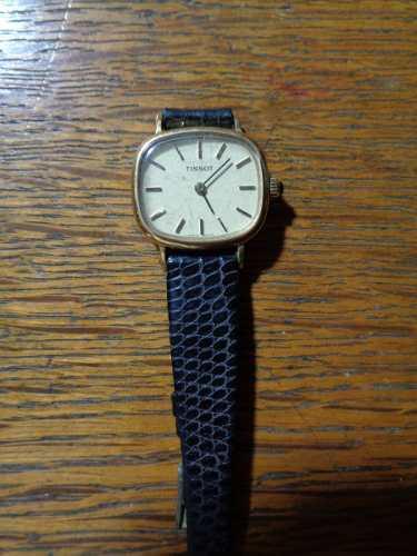 Antiguo reloj pulsera tissot japones a cuerda funcionando