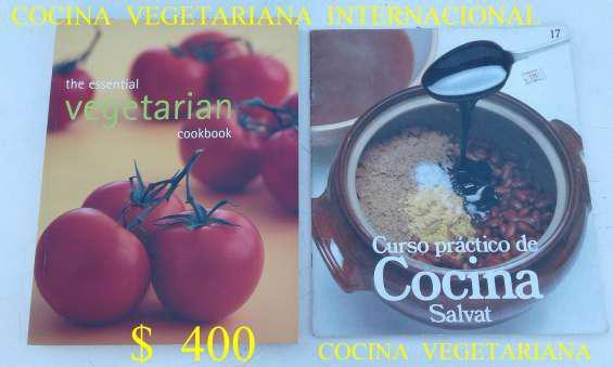 Vendo libro de cocina vegetariana internacional en ingles